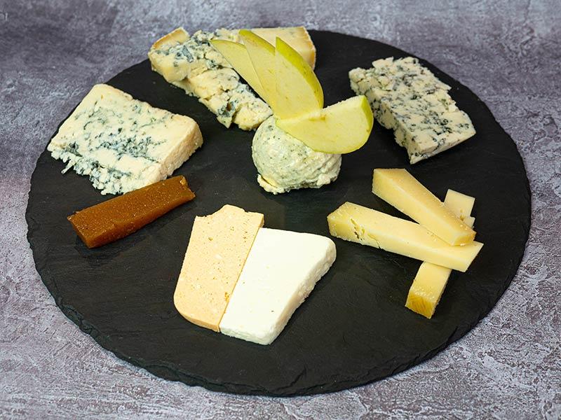 Tabla de 6 quesos asturianos | Restaurante asturiano Couzapín