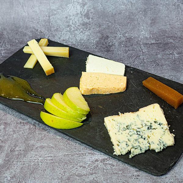 Tabla de 3 quesos asturianos | Restaurante asturiano Couzapín