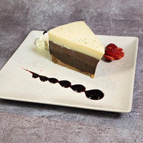 Tarta de tres chocolates | Restaurante asturiano Couzapín